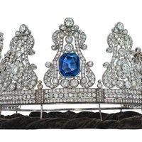 19th Century Sapphire Crown Earns Loudest Applause at Christie's Geneva Sale