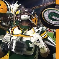 Packers' Aaron Jones Scores TD and Celebrates by Showing Off Logo Necklace